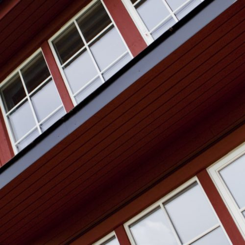 Aluminiumfönster med utanpåliggande spröjs