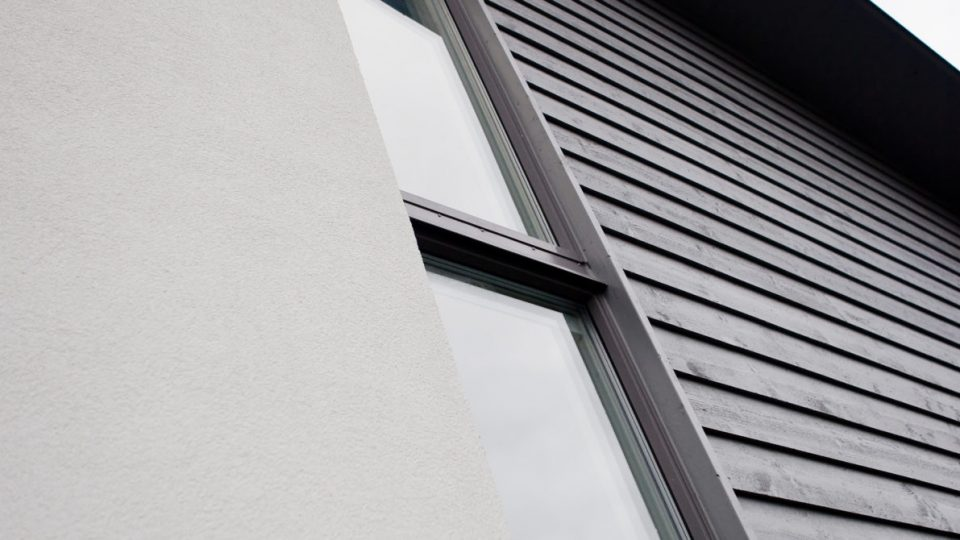Aluminiumklädda träfönster